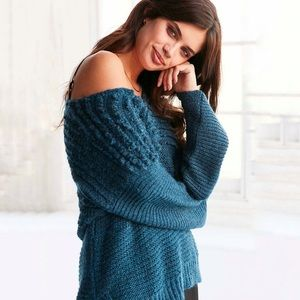 UP | Ecote Blue Italian Yarn Chunky Knit Sweater